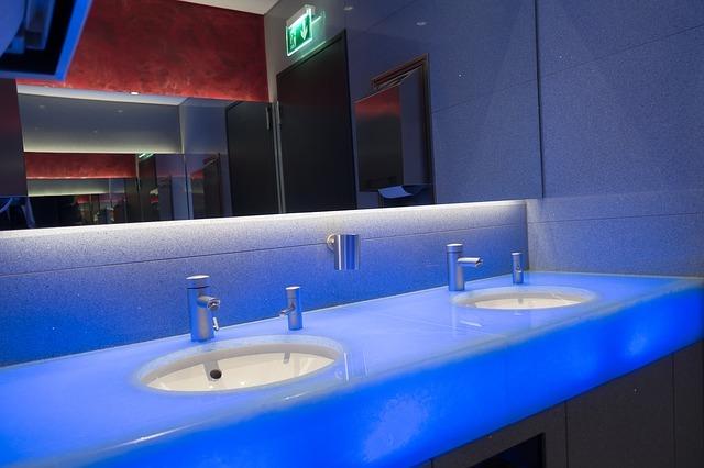 Fabricación de baños con material sostenible, la nueva moda que beneficia al ambiente