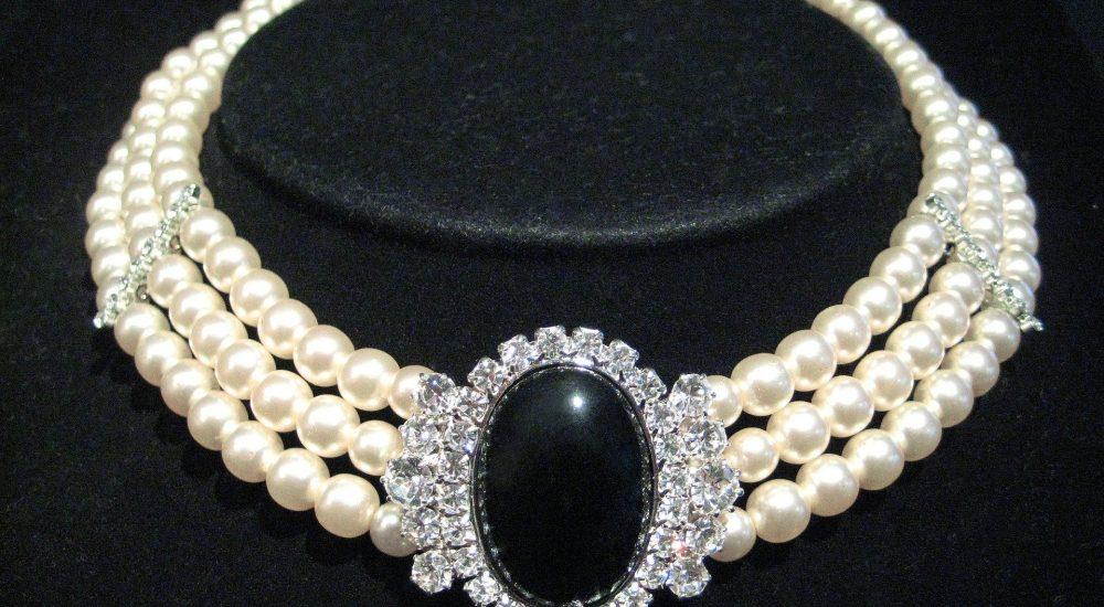 ¿Cómo comprar joyas en línea de forma segura?